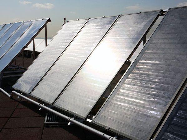 Placas solares y su mantenimiento, imprescindible
